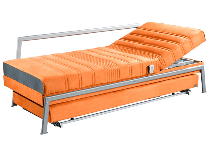 סטנגה0 - מיטה וחצי