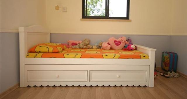 2007-5-00021 - מיטות